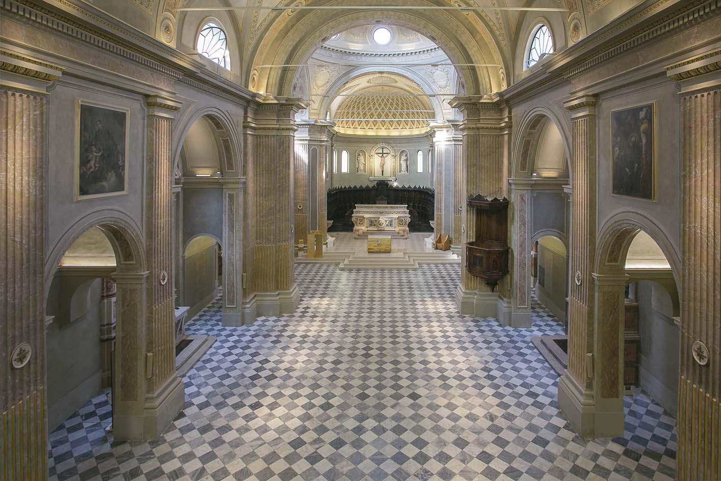 Concattedrale di San Pietro Aposto - Navata
