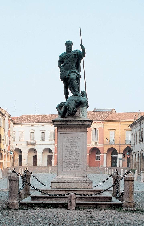 Statua di Ferrante Gonzaga